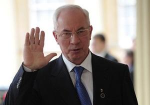 Азаров отрицает слухи о серьезном повышении пени за несвоевременную оплату коммунальных платежей