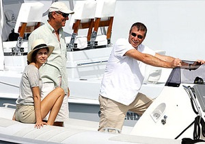 Абрамович купил картины для яхты на сумму в $326 000