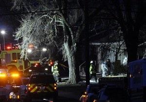 В США частный самолет рухнул на жилые дома, из-за угрозы взрыва эвакуированы сотни человек