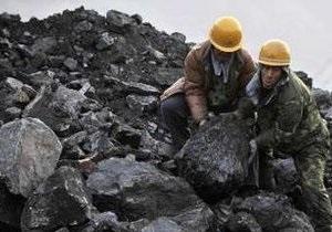 В Китае 27 горняков заблокированы в горящей шахте