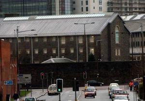 В Уэльсе заключенные содержат в тюрьме ресторан