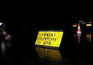 В Киевской области студент на Chevrolet Aveo сбил инспектора ГАИ, оформлявшего ДТП