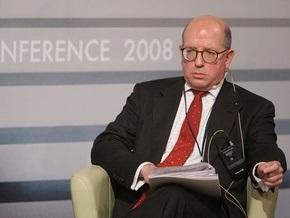 Британский эксперт: Слабость Украины поможет ей вступить в НАТО
