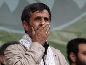 На Ахмадинеджада подали в суд за высказывания на теледебатах