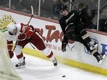 NHL: Красные Крылья сразили чемпионов