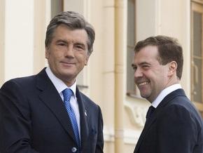 Ющенко не дождался от Медведева ответа на приглашения посетить Украину