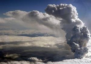 Извержение вулкана в Исландии почти прекратилось
