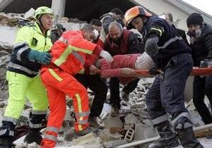 В Италии из-под обломков внезапно обрушившегося дома извлекли беременную женщину