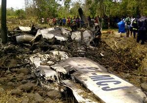 В Папуа-Новой Гвинее потерпел крушение пассажирский самолет: есть выжившие