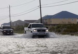 В США шторм Ли ослабел до тропической депрессии