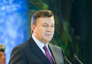 Янукович подписал закон, позволяющий ему принимать решение о применении оружия в мирное время