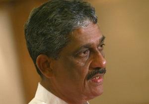 Проигравшему кандидату в президенты Шри-Ланки дали три года тюрьмы