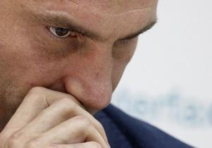 Кличко не подписал документ об отставке Рыбака