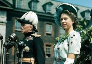 В Лондоне пройдет выставка лучших королевских нарядов