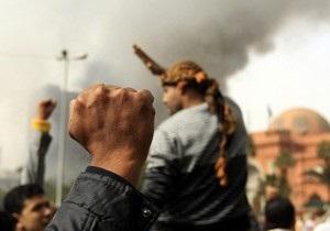 В Каире расстреляли более десятка человек. Из Египта эвакуируют иностранных граждан