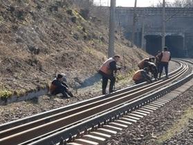 В Киеве к концу года планируют открыть четыре станции скоростного трамвая