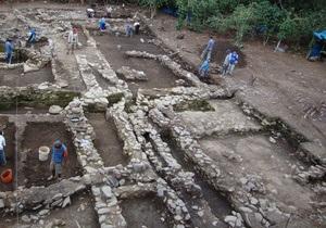 Археологи обнаружили в Перу могилу правителя государства Вари