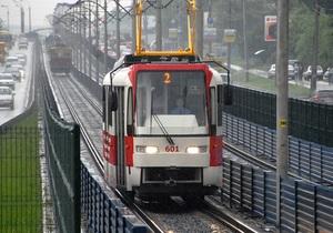Проезд в скоростных трамваях на Троещине будет бесплатным до 1 ноября