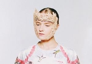 Дизайнер Маша Рева показала видео с бекстейджа фотосъемки Botanical layers