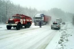 Непогода - пробки - В Киеве продолжают ликвидировать последствия снежной стихии: из заторов освободили более 800 автомобилей