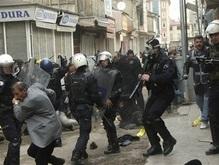 Столкновения в Турции: десятки раненых