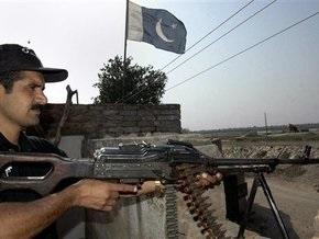 СМИ: Пакистан стягивает войска к границе с Индией