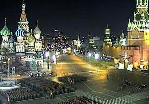 В Москве прошла первая ночная тренировка военного парада