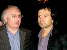 Регионалы советуют министру Вакарчуку последовать примеру сына