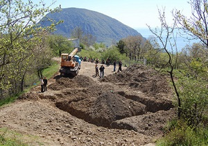 Крымские власти проведут рекламу первого земельного аукциона