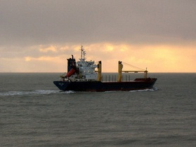 Обвиняемый в захвате Arctic Sea обратился в Евросуд