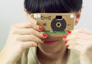 IKEA сделала цифровую фотокамеру из картона