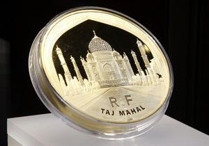 Франция выпустила монету достоинством в 100 тысяч евро