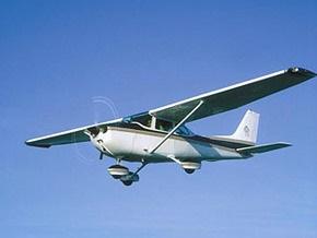 В Бразилии легкомоторный самолет упал на жилые дома