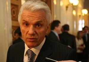 Литвин спокойно отреагировал на включение троих соратников в список регионалов
