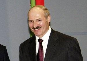 Лукашенко поможет своим соперникам собрать подписи для участия в выборах