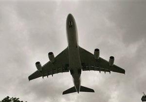 В Иране при аварийной посадке самолета пострадали 11 пассажиров