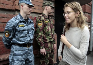 Собчак опять вызвали на допрос в СКР