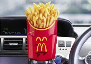 McDonald s предложил японским автомобилистам специальный держатель для картошки фри