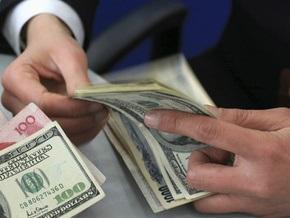 Долларом на межбанке торгуют по 8,23-8,3 гривны