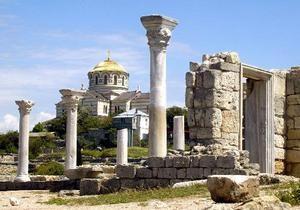 Парламент Крыма утвердил бюджет на 2012 год: снизятся как доходы, так и расходы