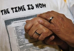 Во Франции протестуют против гомосексуальных браков
