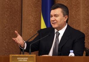 Янукович: Ни в одной стране нет такого, чтобы каждый вшивый чиновник ездил с водителем