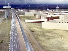 Ирландские заключенные взбунтовались из-за тесноты