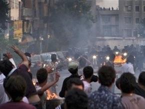 За организацию протестов против переизбрания Ахмадинеджада иранца приговорили к смерти