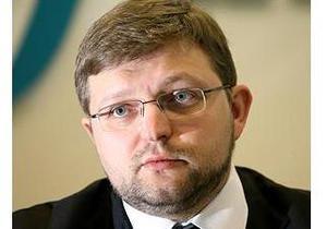 Губернатор Белых отпущен после допроса в региональном управлении МВД России