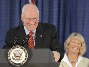 Дик Чейни призвал американцев отдать голоса за Маккейна