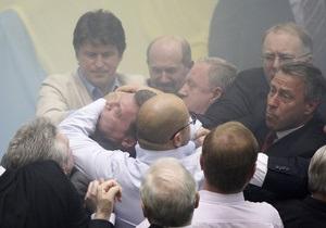 БЮТ увидел в возбуждении дела против нунсовцев  репрессивный характер режима Януковича
