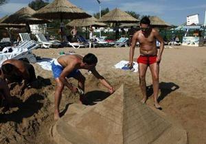 Чехия намерена эвакуировать всех своих туристов из Египта
