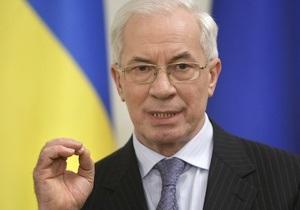 Азаров заявил, что  ни копейки не потратил  на создание собственного имиджа
