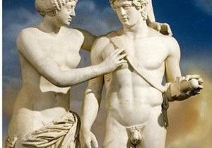 Со статуи Марса сняли приделанный по требованию Берлускони пенис